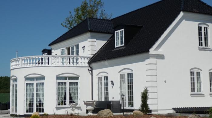 Skal du have udbyttet tagetagen og derved få flere kvaratmeter så kontakt os, vi produksere kviste i alle tænkelig afskygninger der passer til dit hus og dit behov.Let at bruge, let at opdatere, unikt dansk design.